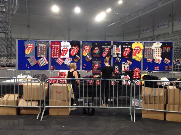 rolling stones merch stand